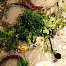 Christmas wreaths making, Christmas at Fursdon, Laurie Steen Sara Burnand, venue hire, events, Coach Hall, historic house, green wreaths, table arrangements, candle rings, natural bunting, willow stars, paper decoations